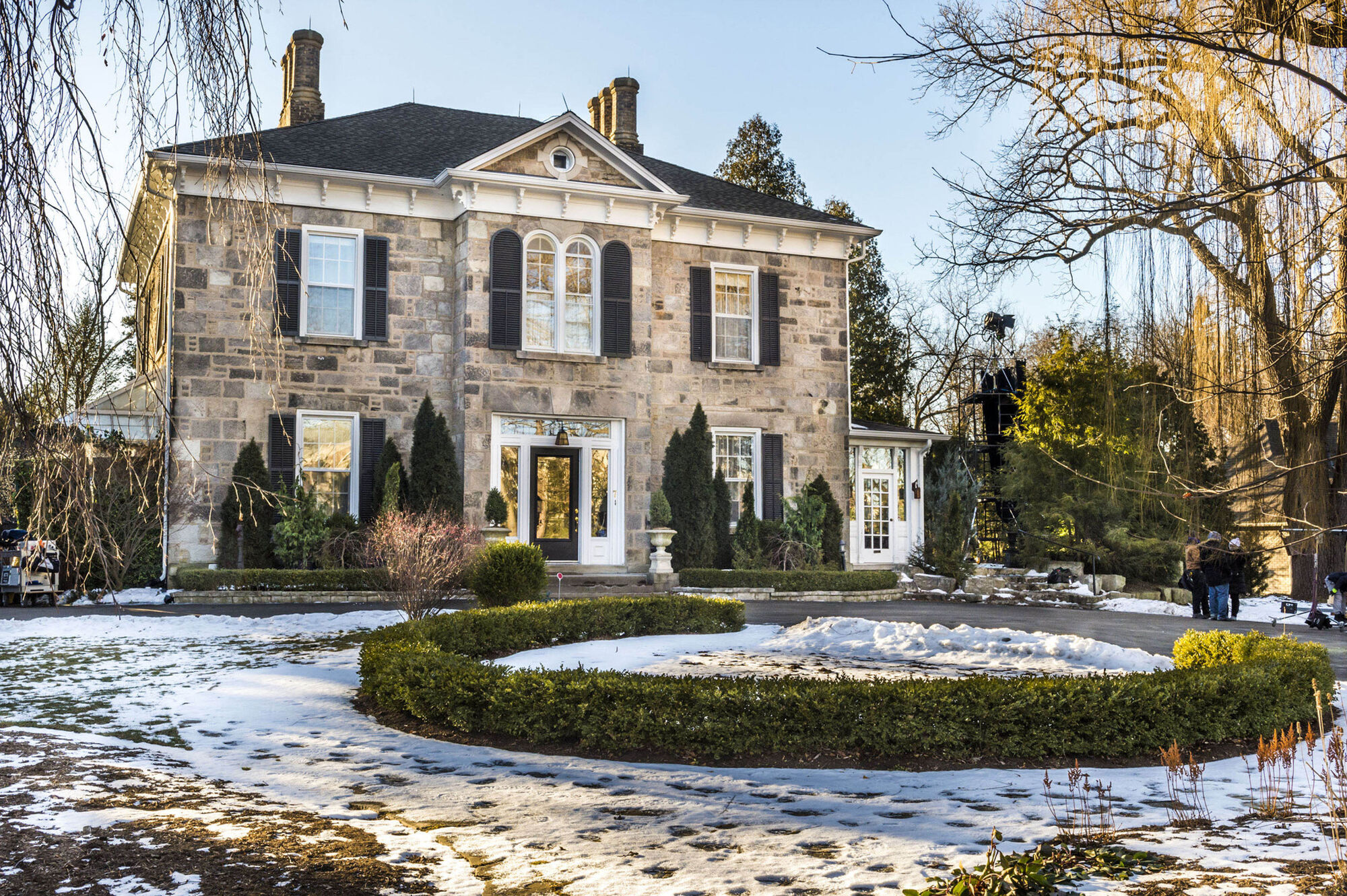 Grey House dans Good Witch